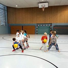 Spiele und Spaß rund um den Ball